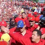 Chavez apoyado por el pueblo