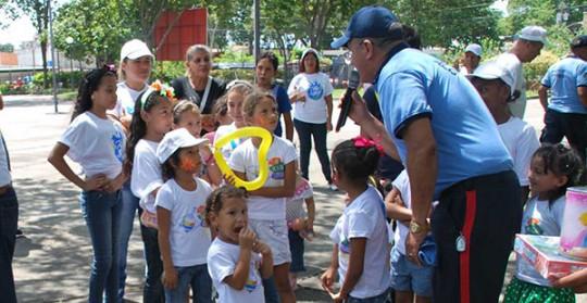 Actividad de la Policia de Carabobo Con Ninos
