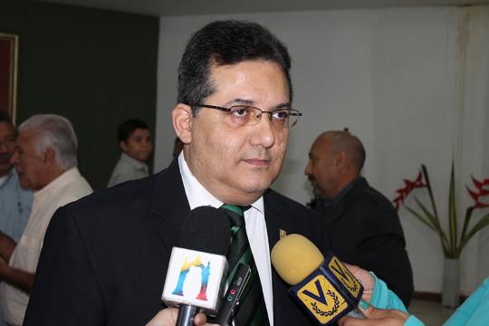 Luis Gallo Presidente Asoc Escritores Carabobo