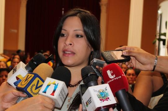 MINISTRA ANDREINA TARAZON