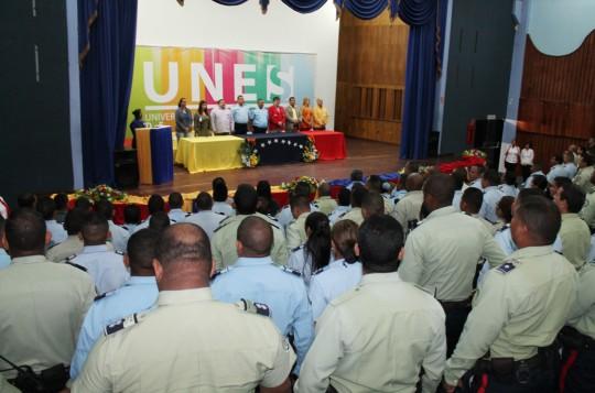 Mil 250 funcionarios de  PoliCarabobo ha profesionalizado la UNES