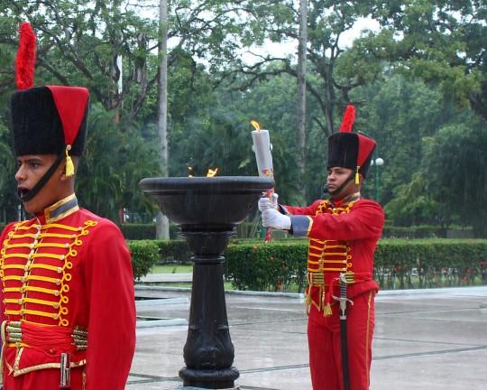 Encendida fuego patrio de XIX Juegos Nacionales Juveniles en Carabobo