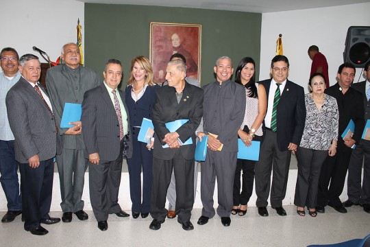 juramentacion nueva directiva asociacion esritores carabobo