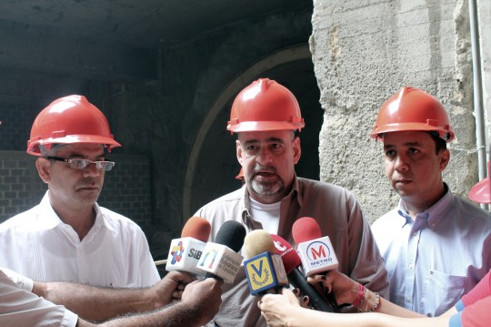 Ameliach inspecciona obras del Metro y anuncia culminación de trabajos en av bolivar