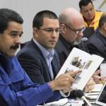 Maduro anuncia la creación de un Estado mayor cívico militar fronterizo