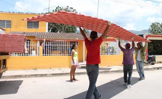 Gobierno Bolivariano de Carabobo favoreció  a 85 familias de Bejuma con Petrotechos