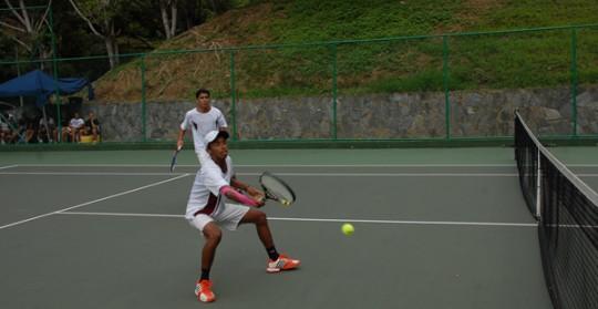 Tenis de campo cerró con oro su participación