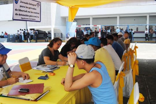 Gobierno regional benefició a 80 privados  de libertad con jornada de atención integral