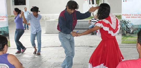 Pueblo carabobeño celebró histórica fecha del 12 de octubre