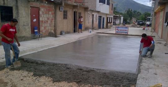 Gobierno Bolivariano de Carabobo  construye vialidad en Ezequiel Zamora