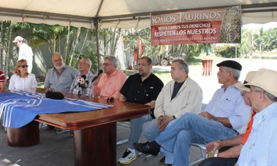Gremio de tauromaquia apoya a Ameliach  en rescate de la Monumental de Valencia