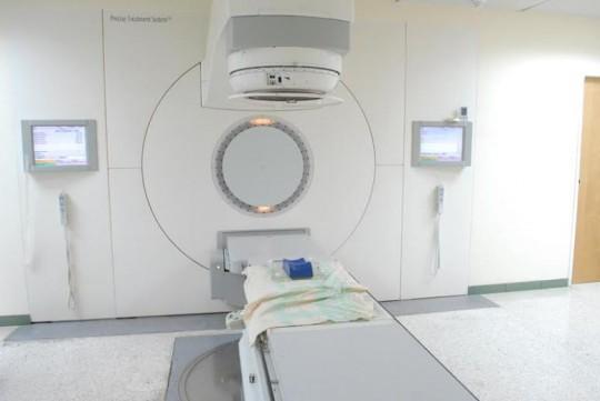 Gestión de Ameliach aumentó capacidad de radioterapias en hospital Oncológico