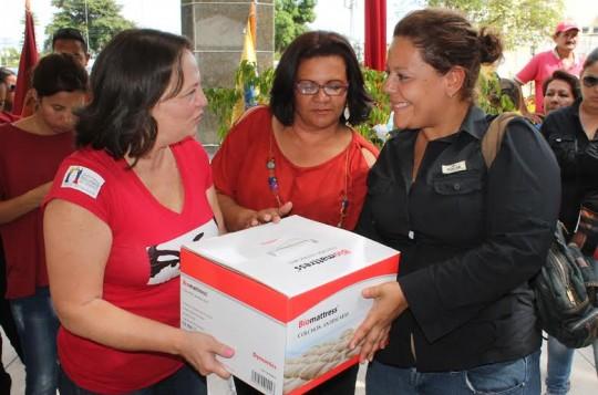 Gestión de Ameliach entregó 392 ayudas sociales