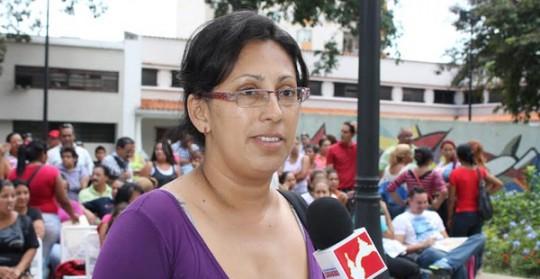 Con éxito se realizó en Valencia primera Feria Móvil Navideña 2013