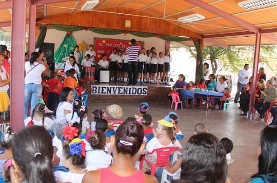 Mes de Educación Inicial se celebró  con parrandas en U.E. Francisco Espejo