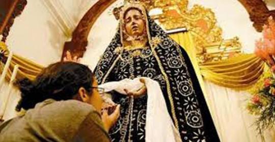 El gobernador bolivariano de Carabobo, para quien promover e impulsar las tradiciones culturales y religiosas de la entidad es una prioridad, decretó este miércoles 13 de noviembre como día de Júbilo Regional, por cumplirse 103 años de la coronación canoníca de la Santísima Virgen María, en su advocación de nuestra Virgen del Socorro.