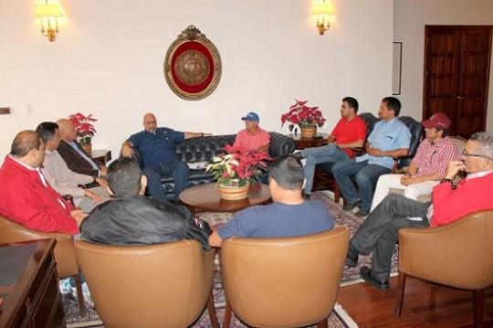 Gobernador Ameliach sostuvo encuentro con alcaldes bolivarianos de Carabobo