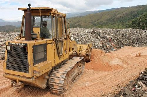 Gobernación inició saneamiento de Vertedero Cerro Azul en Bejuma