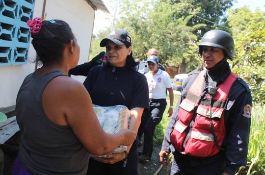 Protección Civil entregó donativos en Isla La Culebra