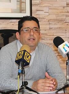 Voceros de Consejos comunales de Miguel Peña  se reunieron con Presidente del IVEC