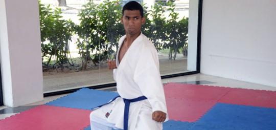 """Karateca Nelson Santana: """"Gobernador Ameliach apoya a atletas con diversidad funcional"""""""