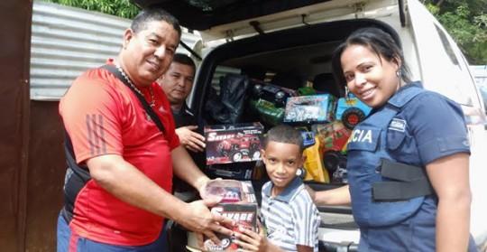 PoliCarabobo llevó alegrías y sorpresas a niños de El Panal