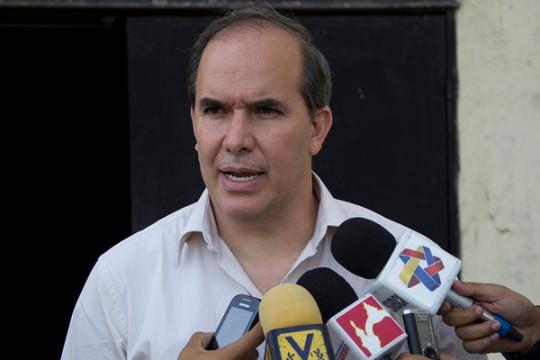 Alejandro Linayo