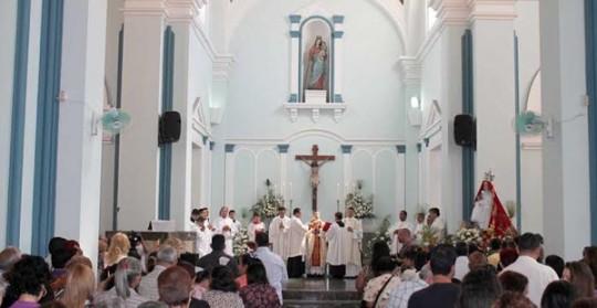 Gobernación celebra con el pueblo carabobeño Día de Nuestra Señora de la Candelaria