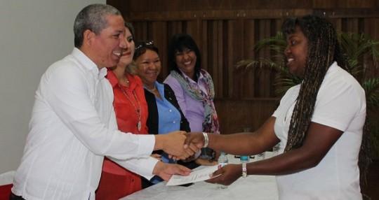 Gestión de Ameliach impulsa desde escuelas  desarrollo socioproductivo en Carabobo