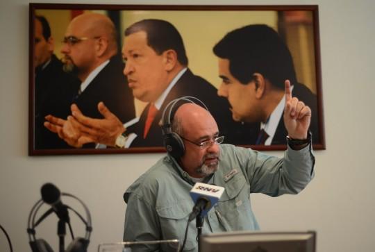 Unión Cívico-Militar es indivisible  y con lealtad suprema a la revolución