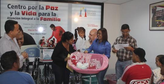 entregamos 171 ayudas sociales por Bs 799 mil