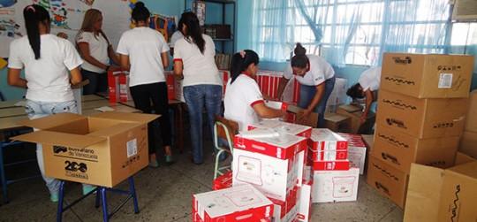 Gobernación entregó más de 500 Canaimas a alumnos y docentes de escuelas estadales