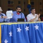 Presidente Maduro aprobó recursos para viviendas  megamercal y hospital en sur de Valencia