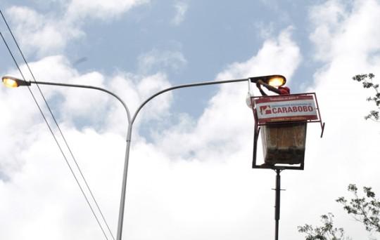 Gobierno de Carabobo rehabilita alumbrado  y realiza saneamiento en autopistas
