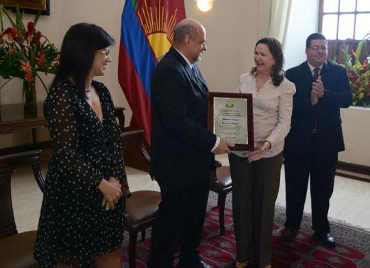Periodistas reconocidos por gobernador Ameliach expresaron gratitud y compromiso con la verdad