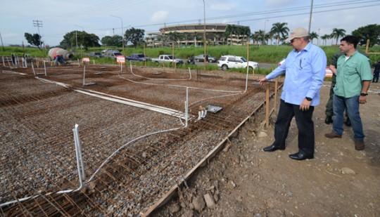 Gobernador Ameliach supervisó inicio  de construcción de Supermercal del Sur
