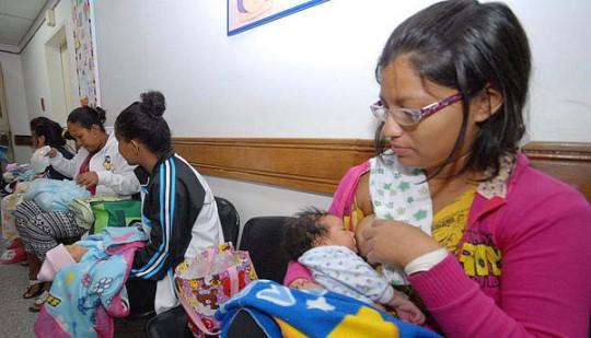 Gobernación de Carabobo mantiene activas 29 Clínicas de Lactancia Materna
