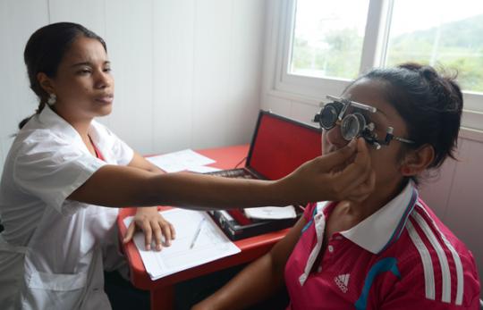 """Jornada Médica-Alimentaria favoreció a mil familias en Base de Misiones """"Copetón"""""""