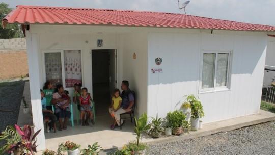 Gobierno de Carabobo sigue llevando soluciones en materia de vivienda