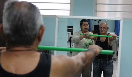 Carabobeños satisfechos con servicios  de oftalmología y rehabilitación de la CHET