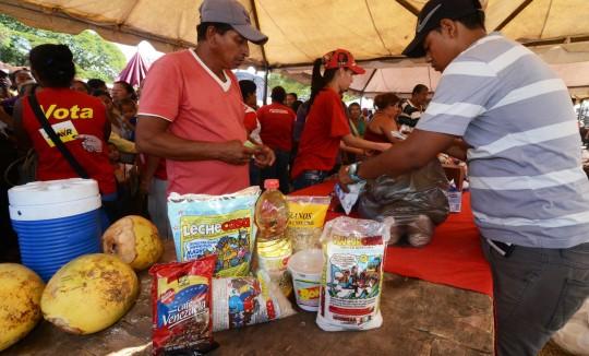 Vendidas a precios solidarios 25 toneladas de alimentos  en El Socorro