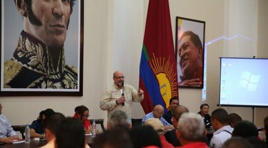 Ratificando compromiso revolucionario proclamados 201 jefes de Círculos de Lucha Popular