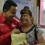 Gobernación de Carabobo entregó ayudas para tratamientos de salud