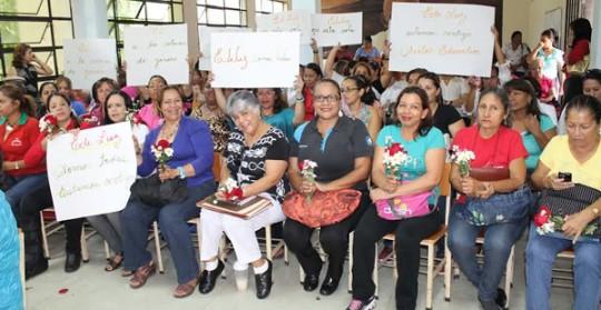 Conformamos  comisión promotora  Para plataforma unitaria de Defensa de Mujeres
