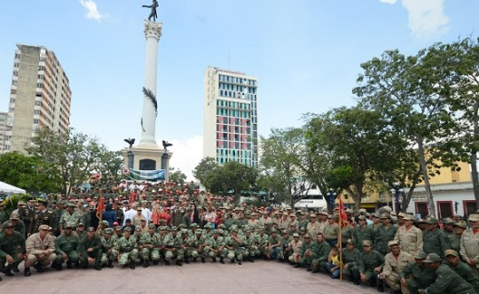 Bolívar y Chávez están más vivos que nunca y así lo demuestra el pueblo