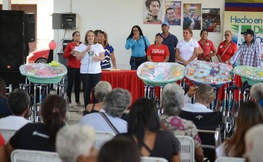 Gobernación de Carabobo entregó ayudas sociales en Diego Ibarra y Guacara
