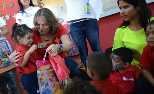 Gobierno de Carabobo entregó más de 240 juguetes en Centros de Educación Inicial