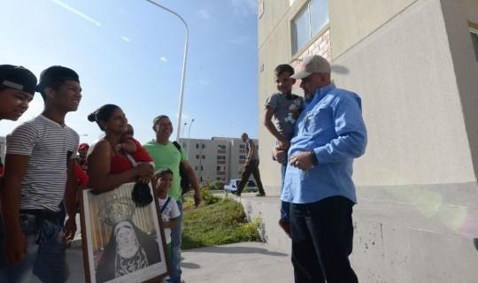 En La Isabela pasaron de viviendas de alto riesgo a apartamentos seguros