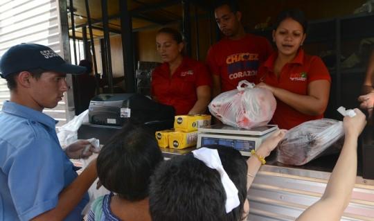 Mil 700 familias del Centro de Valencia Beneficiadas con jornada de alimentación