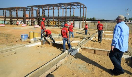 Inspeccionamos construcción de sede  de policía municipal de Libertador